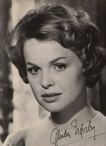 Ghita Nørby, woman, female actress, Danish, old photograph, black and white, portrait, beautiful, celeb, never forget