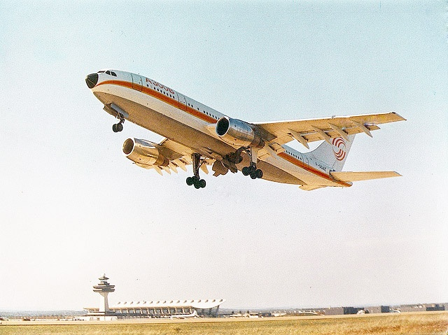 On this day in 1973, the #Airbus A300 B prototype made the type's first fully automatic landing in Toulouse, France #aviationhistory #avgeek