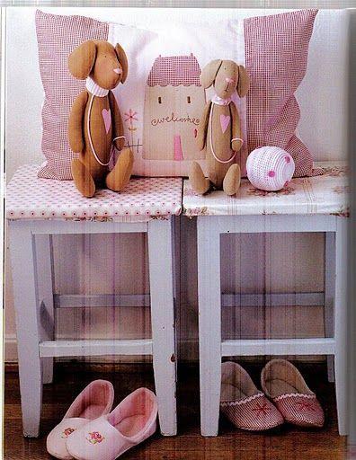 """Тильда собака: выкройка мягкой игрушки из книги """"Labores decorativas para la casa"""""""