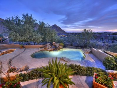 17 best images about arizona backyards on pinterest - Bell gardens high school school loop ...