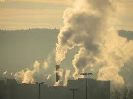 Kiedy spalanie jest prawidłowe?  Spaliny są wtedy czyste, bo są w nich tylko bezbarwne gazy i para wodna. Jeśli technika spalania jest nieprawidłowa, to efekty są widoczne od razu - widzimy dym, czyli spaliny zanieczyszczone pyłem. Właściwa technika spalania paliw polega na tym, by spalać bez dymu.  #miałwęglowy #kociol #z #podajnikiem #piec #rozładunek #prezentacja #kotłów #drewno #opałowe #jak #palić #montowanie #pieca #palenie #komin #dym