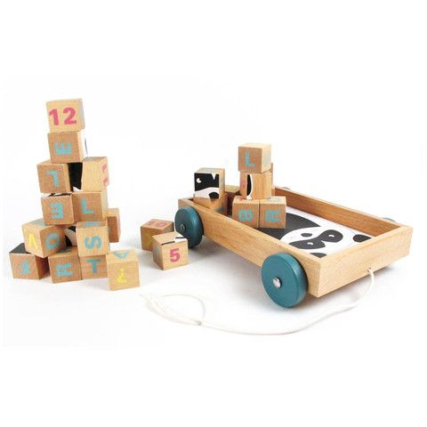 Babyssimo.de - Wooden blocks & cart set
