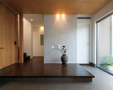積水ハウス「自然素材で設えたエントランス」