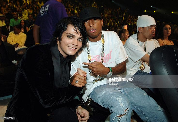 Gerard Way of My Chemical Romance with Pharrell Williams at Video Music Awards, 2005 (KMazur).