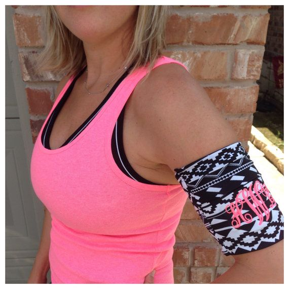 Cell phone music armband for jogging by SayLaVeePersonality