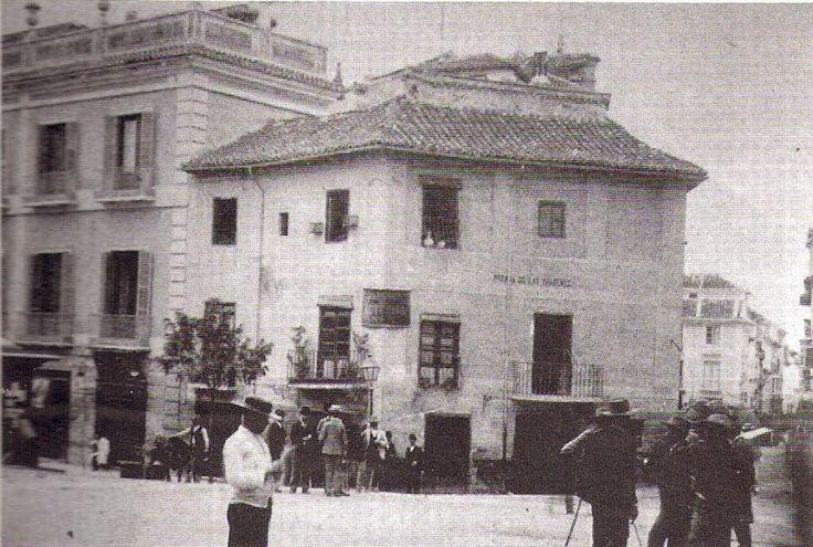 La Posada de las Imágenes, adosada al antiguo Hotel Victoria