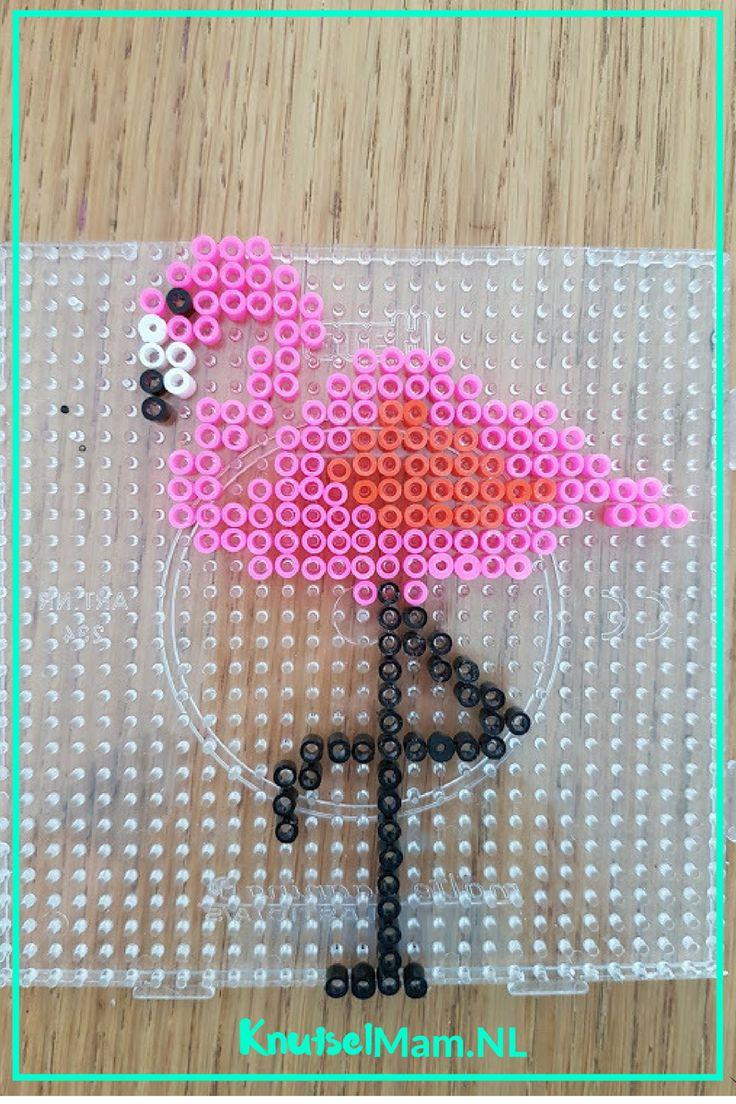 Flamingo strijkkralen. KnutsleMam.NL