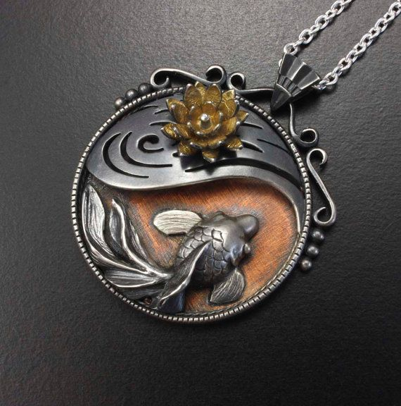 Goldfish and water lily round pendant of Asian antique by KAZNESQ