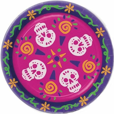 These Day of The Dead round paper plates are perfectly sized for light meals and make clean up a snap for any Day of The Day celebration. Package includes 8 Day of The Dead round paper plates each measuring 9in.