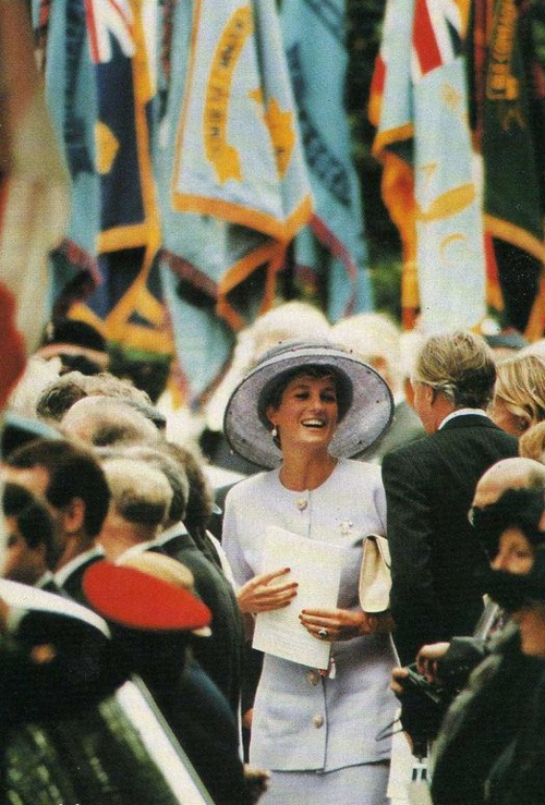 June 3, 1994: Princess Diana at the Canadian War Memorial. The Queen unveiled a memorial to Canadian Army war dead in Green Park. Diana made only her second official appearance of 1994.