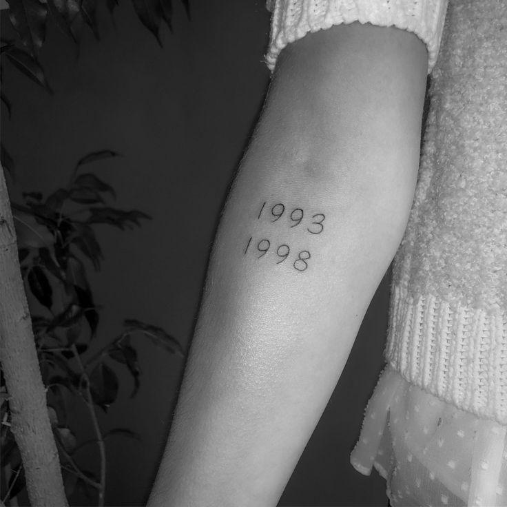 Tattoo zahlen Lettering fineline | Tätowierungen ...