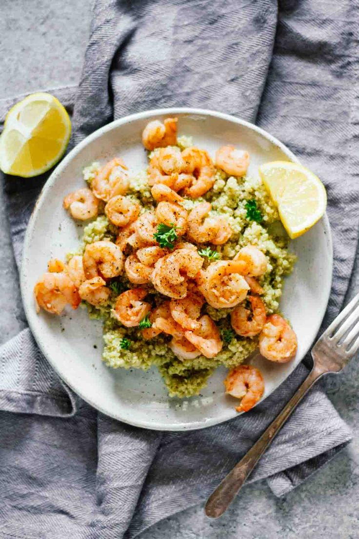 """Life is busy, y'all! When it comes to eating healthy, there's very little time to make crazy, complicated recipes. That's why today I'm sharing one of my favorite go-to recipes. Hello,20-minute Easy Lemon Garlic Shrimp & Quinoa! I used to try to make """"fancy"""" recipes that required tons of ingredients and time in order to …"""