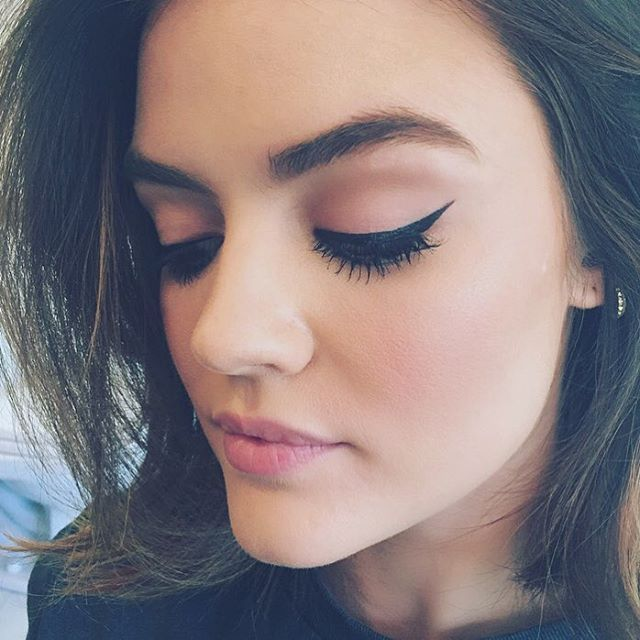 Sharrrrrp  @markgirl on the edge liquid liner in blackest black ✔️✔️ @lucyyhale -kdeenihan Instagram | mark. On the Edge Full Size Hook Up Liquid Eyeliner http://avon4.me/2bA19ts
