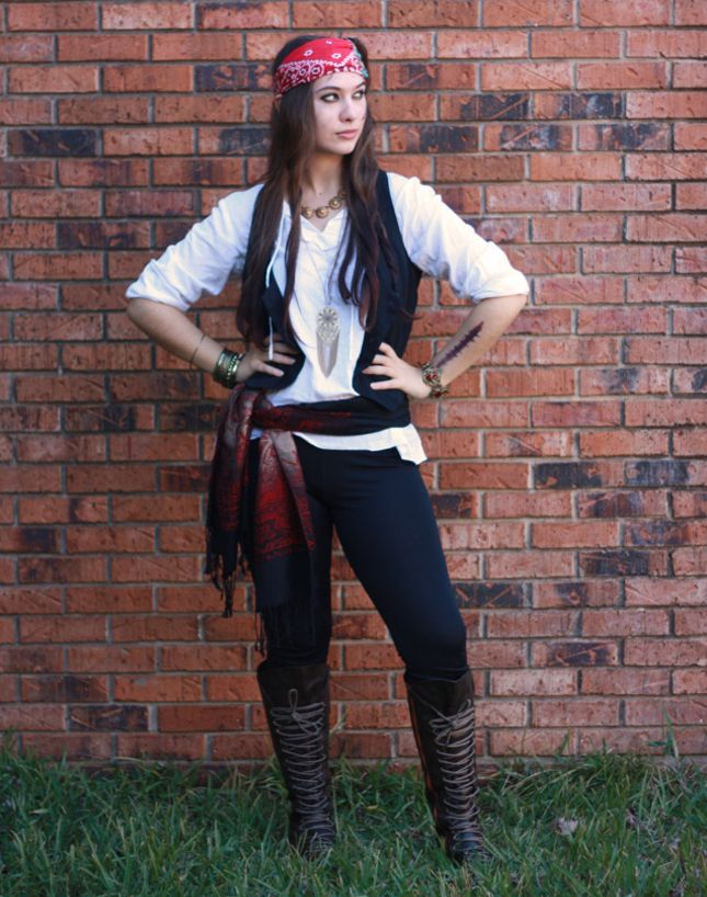2. Pirate: For this look, just raid your closet. With a tunic top, skinnies, boots and a bandana, you could have this one in the bag. It's a last-minute costume win.:
