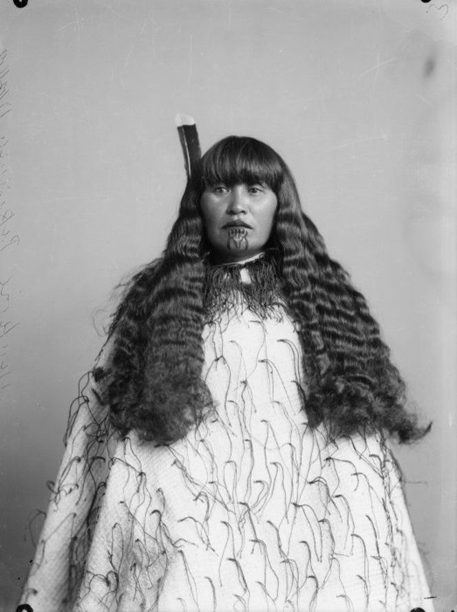 Makire Pikihuia, wearing a korowai (tag cloak), taken on 17 December 1892 by Samuel Carnell of Napier. #Maori