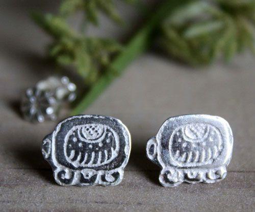 Boucles d'oreilles Tzolkin, puces en argent du calendrier Maya personnalisées avec la date de votre choix