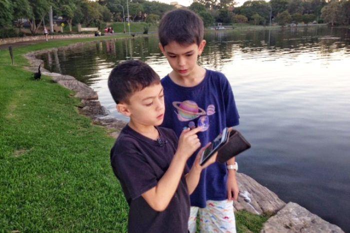 Science kids keen on online app that adds to Australian species database