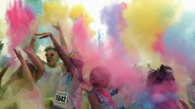 Check out this awesome @GE commercial!    Whether you are taking part in a tomato fight, playing with #TheColorRun or having fun in the mud, get dirty however you'd like. General Electric washers and dryers are equipped to handle your funnest messes. Play big. Clean simple.