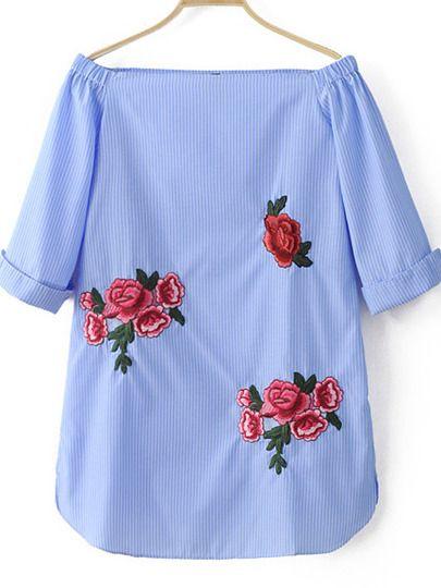 Синее полосатое платье с вышивкой с открытыми плечами