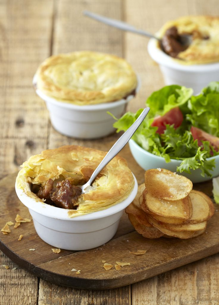 Guinness Pepper Beef Pie - light flaky pastry and rich meaty filling make this pie a sure winner.