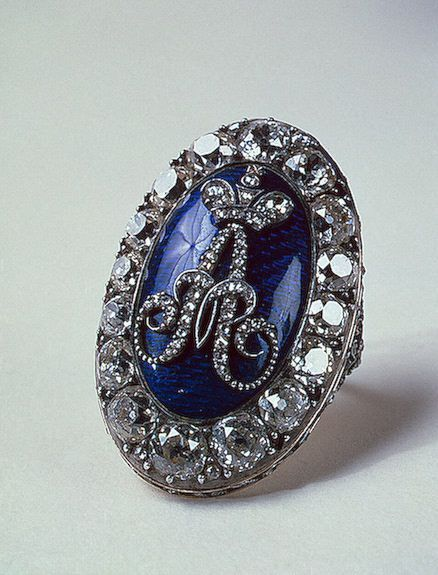 Драгоценности Марии Антуанетты, королевы Франции. 62 фото.: cat_779