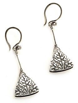 Free Metal Clay Project: Pendulum Triangles by Kim Otterbein  Dangling from handmade curvilinear ear wires, these earrings provide visual interest from several angles.