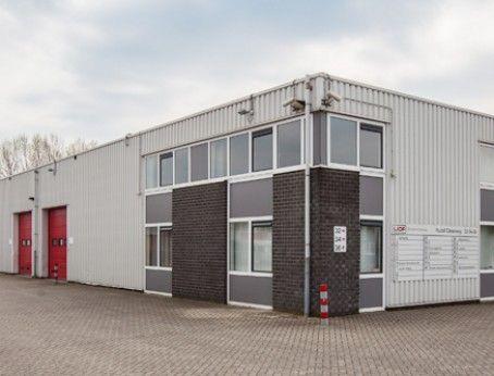 De perfecte bedrijfsruimte (inc. Kantoorruimte) aan de Rudolf Dieselweg 34C te Venlo te huur. Meer weten? Bel: 085-4013999 of reageer online!  http://www.huurbieding.nl/huur/bedrijfsruimte/1-00988/venlo/rudolf-dieselweg-34-c.html  #Bedrijfsruimte #Kantoorruimte #tehuur #Venlo #Blerick #Huren #Huurbieding #Opslag #Vastgoed #Limburg #MKB #Nederland #Ondernemers #Business #Bedrijfspand