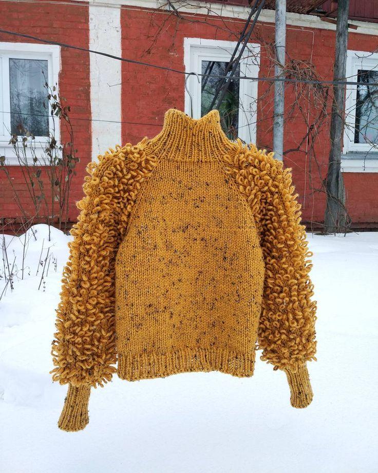 224 отметок «Нравится», 13 комментариев — Annet Faizullina  Knitwear (@faizullina_knitwear) в Instagram: «Создала такую вещь, которая станем центром ансамбля К этому свитеру требуются только черные…»
