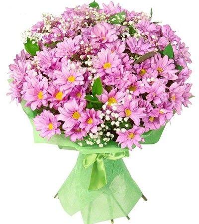 Букет состоит из 9 хризантем, 1 гипсофилы и 3 рускусов  http://www.dostavka-tsvetov.com/shop/31/desc/shepot-ehlfov
