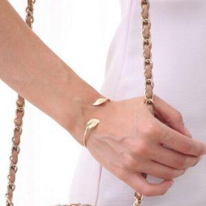 bracelet cadeau femme tendance  #braceletmanchette