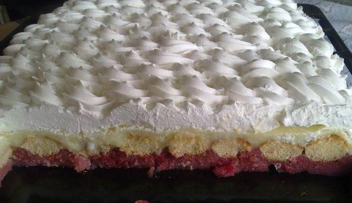 Meggyes álom (hozzávalók 6 főre: 2 üveg magozott meggy, 2 csomag vaníliás puding, 1 kk. vanília aroma, 1 csomag babapiskóta, 1 l tej, 35 dkg búzadara, 0,5 l tejszín (Hulala), cukor ízlés szerint,  tepsi mérete:28x35 cm) #cherries