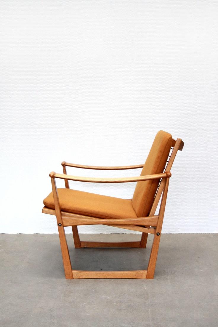Finn Juhl Pastoe armchair for sale at www.vanOnS.eu