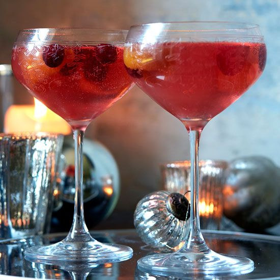 Rosewater-and-cranberry-vodka-spritzer