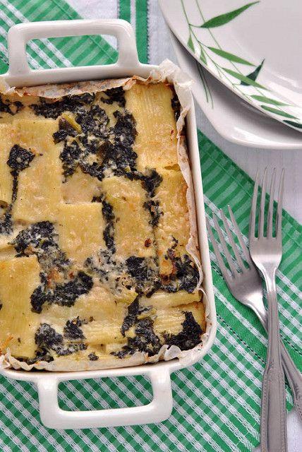 Pasta al forno con taleggio e cavolo nero