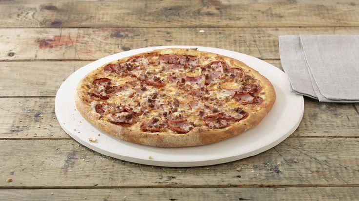 Pizza «T.Rex» – Tomato sauce, Mozzarella, Ham, Pepperoni (salami), Beef – Sizes: S - 25cm, M - 30cm, L - 35cm