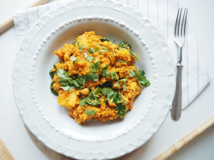 Veganské kari s quinoou