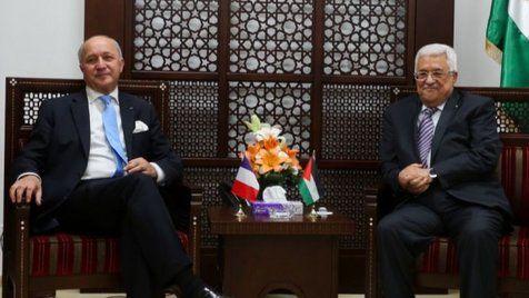 El Presidente de la Autoridad Palestina, Mahmoud Abbas, dijo el domingo al ministro de Relaciones Exteriores francés, Laurent Fabius que cualquier nuevo gobierno de unidad palestino no debe incluir a Hamas, dijo el principal diplomático de Francia.