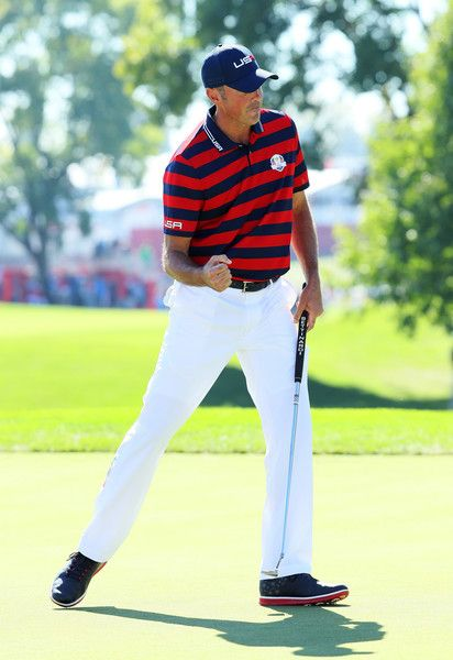 Matt Kuchar of the United States reacts on the second green during afternoon fourball matches of the 2016 Ryder Cup at Hazeltine National Golf Club on October 1, 2016 in Chaska, Minnesota.