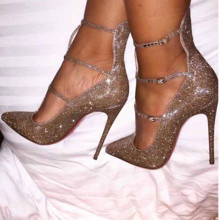 Best 25  Stiletto heels ideas on Pinterest | Sexy heels, Pumps and ...