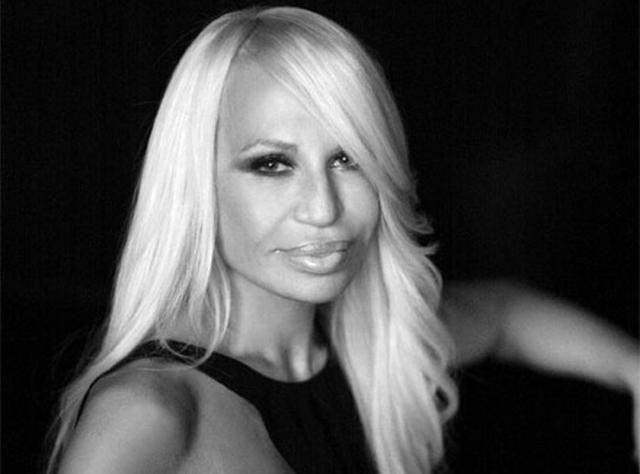 """Donatella Versace non si ferma mai: """"non so se sono stata la sua musa o la sua disturber""""  #versace"""