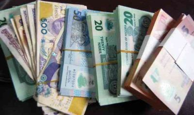 Naira Continues to Rise as NSE Drops. The Nigerian naira continued on a gaining streak to hit its best point in 2017 as the Nigerian Stock Exchange (NSE)'s two-week improving trend was halted on Tuesday.