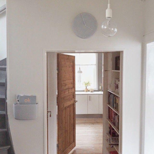 a lezione di economia domestica, chez Karianne Christensen [aka lillekarii], giovane graphic designer norvegese. in questo appartamento, am...