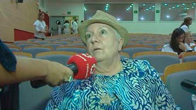 Hoy se celebra el Día de las Personas Mayores. Con este motivo en el Hospital Puerta de Hierro se han desarrollado todo tipo de actividades, desde talleres de nutrición a minigolf e incluso baile...