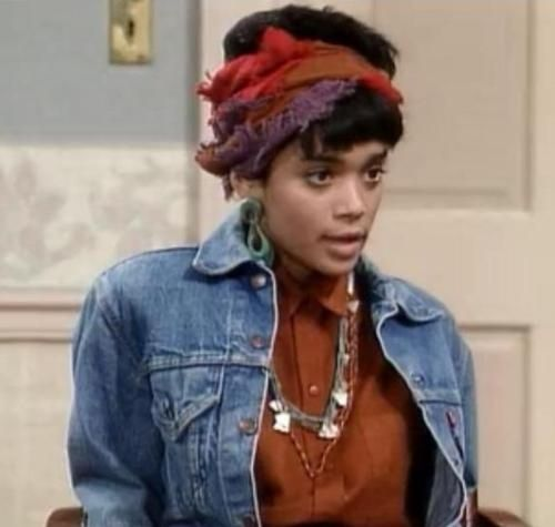 Headbands and headwraps: | Community Post: 23 Looks That Only Denise Huxtable Can Pull Off