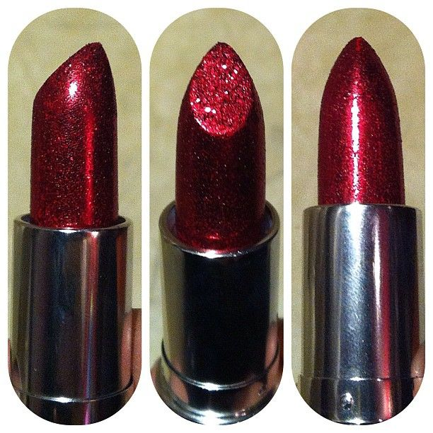coming to the KatVonD collection at sephora soon! I waaaaaant.