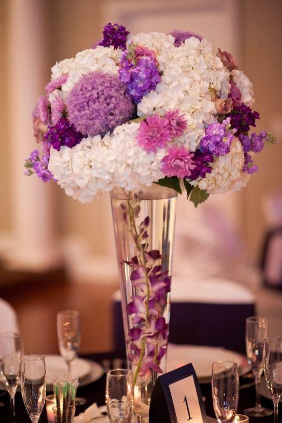 ideas de decoración para bodas en violeta, morado, lila e Índigo.