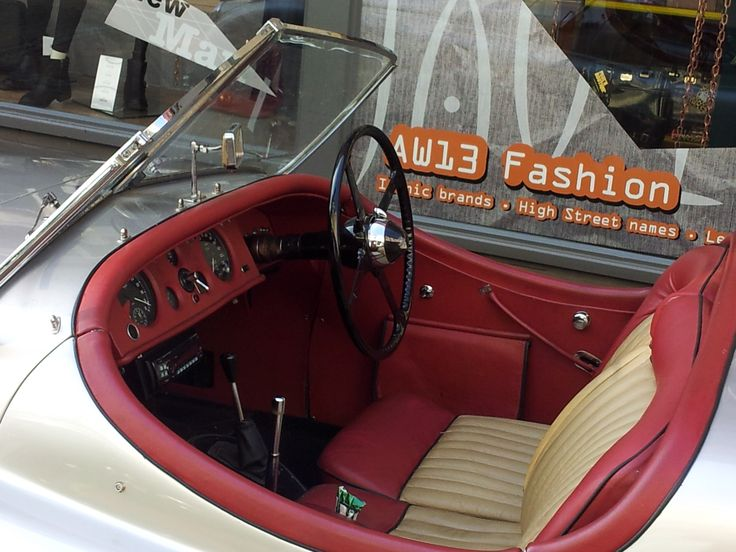 Check out the steering wheel. It's just wonderful!