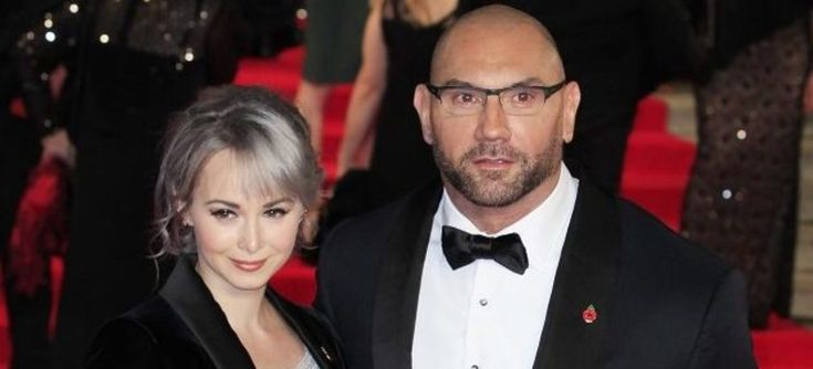 Dave Bautista's wife wins pole-dancing competition with insane moves (Video)