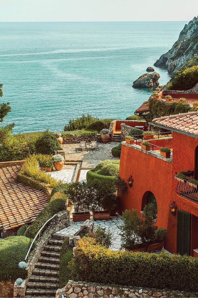 <strong>VIEW TO A THRILL</strong> | There are few obstructions to natural beauty at Hotel Il Pellicano. A terrace adjacent to one of the cottages is seen here. Many of the rooms have private outdoor space.