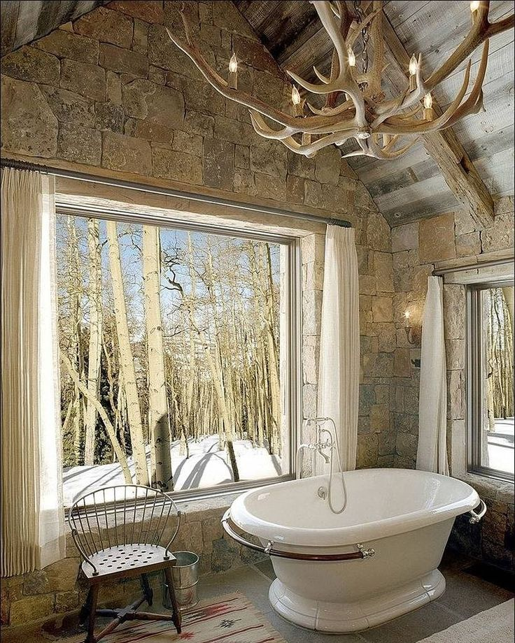 """Рубрика """"Люстра в ванной комнате"""". Для ванной комнаты в стиле кантри люстра будто бы составленная из отполированных ветвей деревьев с расположенными на них имитациями свечей стала эффектным дополнением. В помещении где все буквально дышит природой подобный арт-объект смотрится невероятно органично. #материя_комфорта #тюмень #сантехника #свет #плитка #интерьер #дизайн #стиль #рубрика #люстра #ванной_комнате #стиль #кантри #ветвидеревьев #природа #beautiful #interiordesign #instaphoto…"""